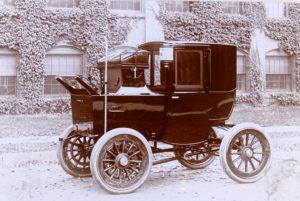 Mark XVI Electric Brougham Cab 1900
